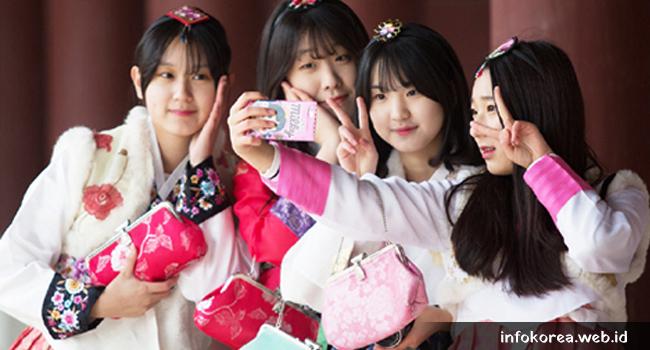 Baju Tradisional Korea Selatan